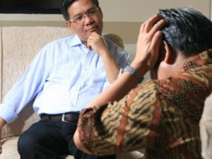 man using Counselling Skills for Hypnotherapists